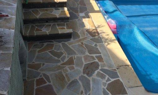 """Escalier en pierre """"quartzite"""""""
